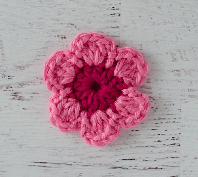 Pink Crochet Flower Easy Pattern