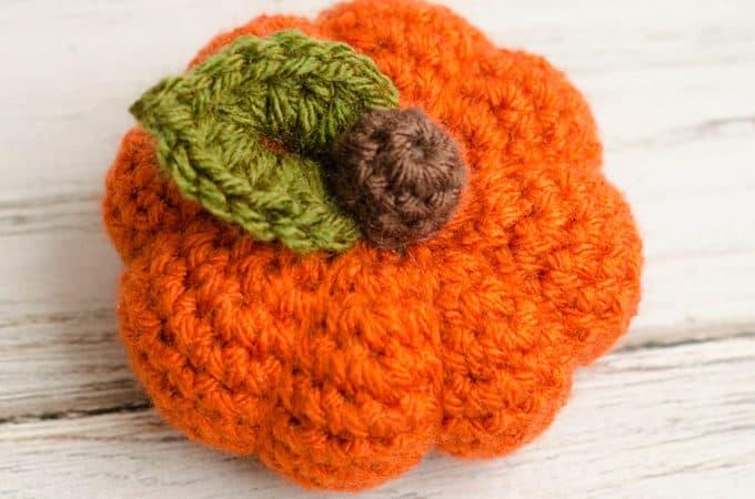 Small Crochet pumpkin