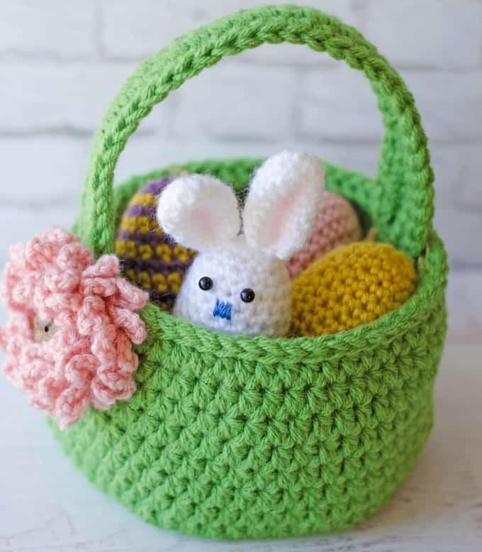 Crochet Easter Egg Bunny