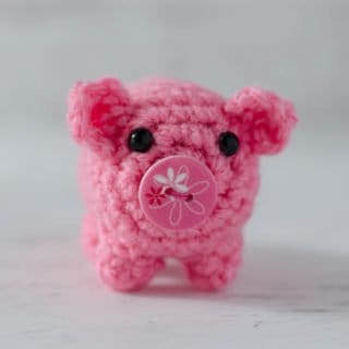 Introducing Bitty Bumbles:  A Crochet Pig