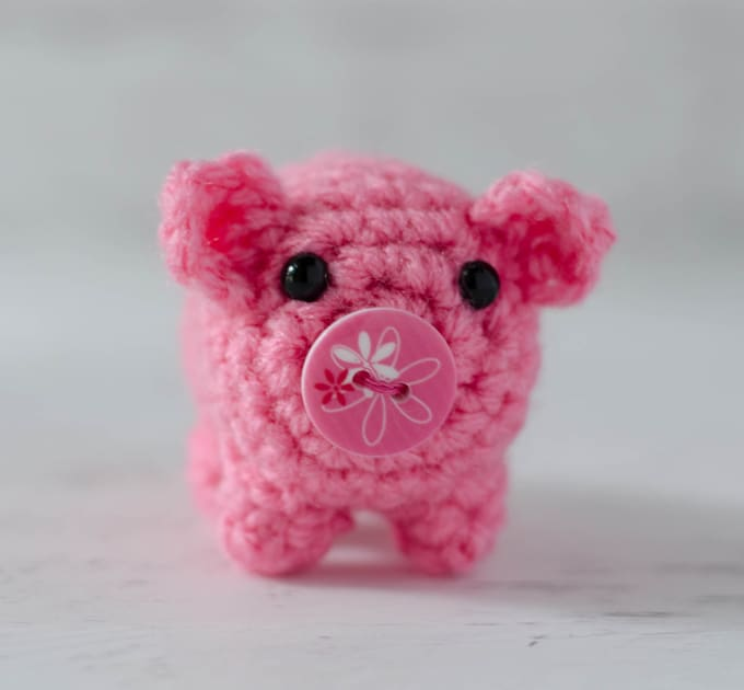 Introducing Bitty Bumbles A Crochet Pig Crochet 365 Knit Too