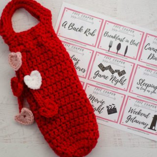 Crochet Bottle Cover ~ A Valentine Wine Cozy