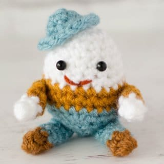 Mini Crochet Humpty Dumpty