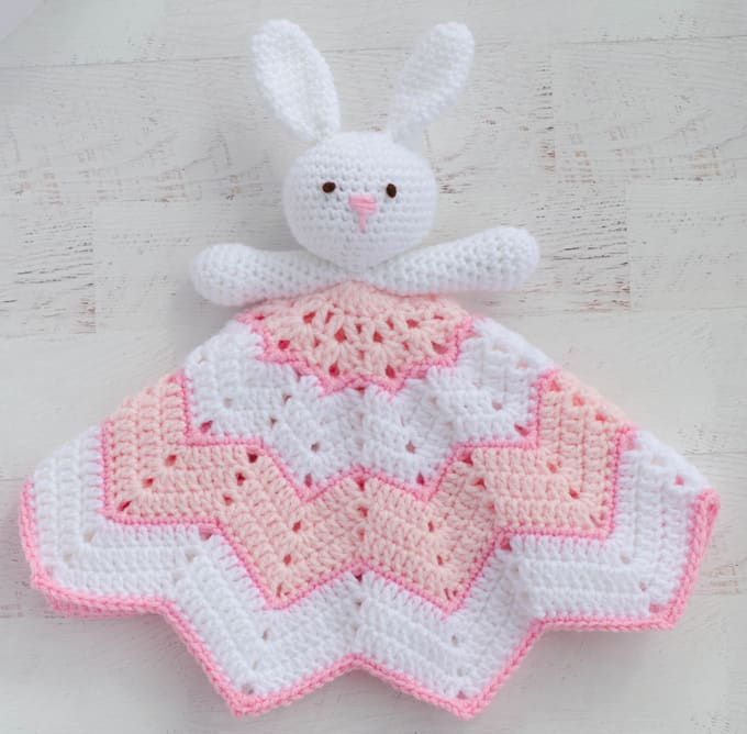 Crochet Lovey Blanket ~ A Bunny To Love
