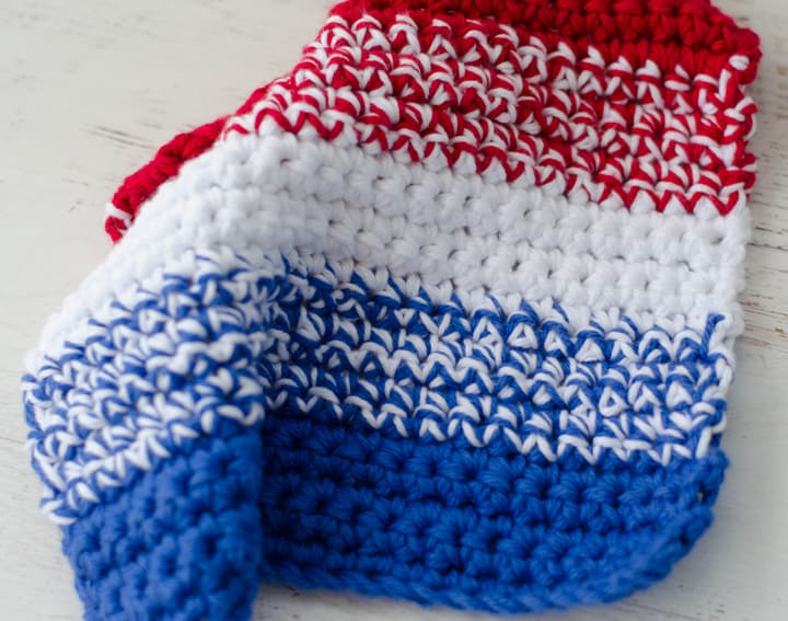 crochet dishcloth in red white and blue