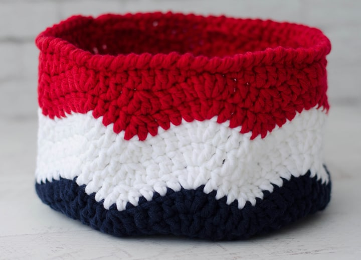Crochet Flag Basket - Waves of Glory