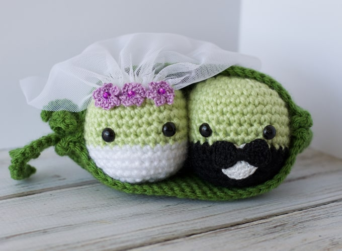 Crochet Wedding Peas