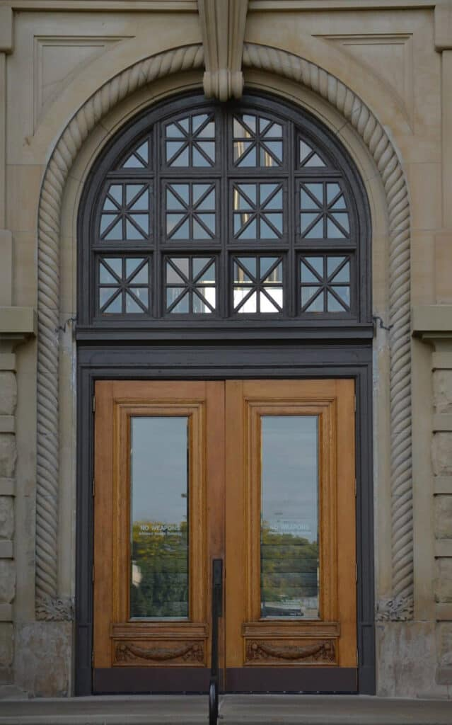 Courthouse doors and building architecture