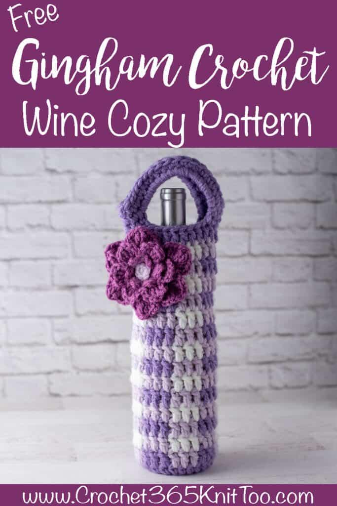 Image de Vichy Crochet Wine Cosy en violet foncé et clair et blanc avec une fleur rose vif