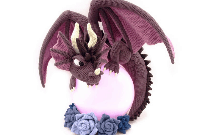 crochet amigurumi dragon lamp