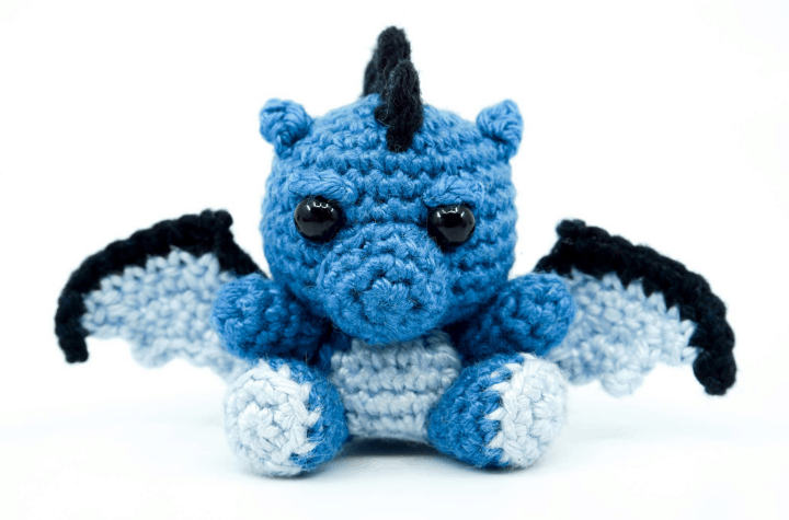 small crochet amigurumi dragon