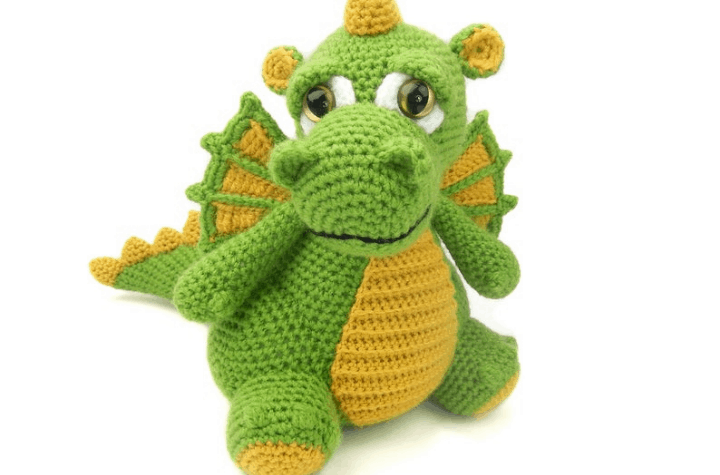 crochet amigurumi dragon
