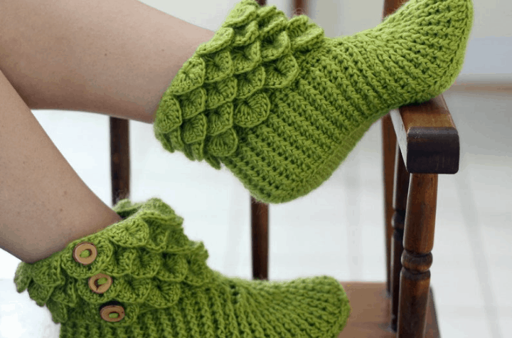 crochet ankle slippers with buttons