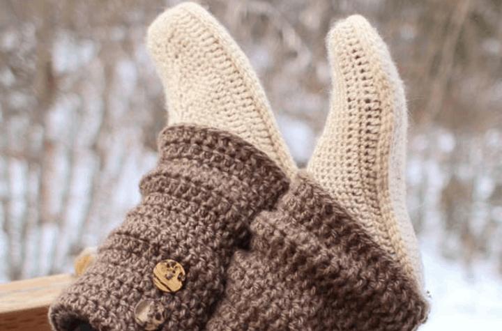 crochet leg warmer slippers with buttons