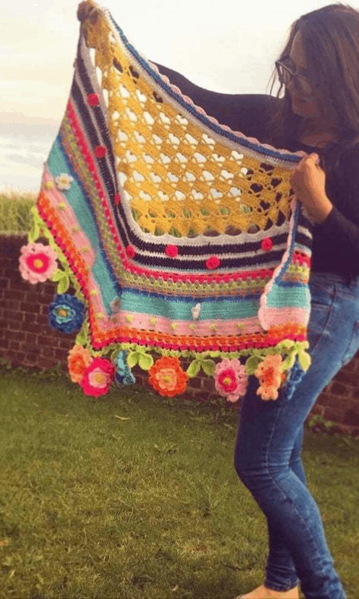 crochet rainbow flower shawl